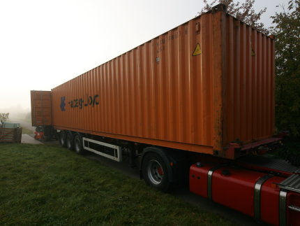 Großer Container